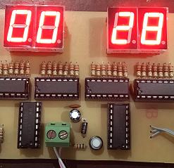 Đồng hồ số IC số chia tần 4MHz Anode chung 6 LED 7 đoạn LDNam
